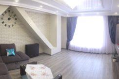 крупногабаритная 3-х комнатная квартира в центральной части города